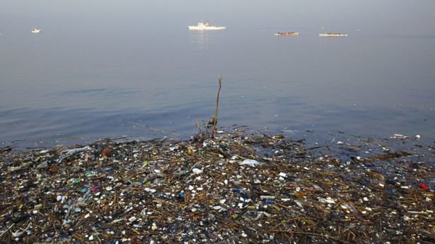 Garbage island in the ocean